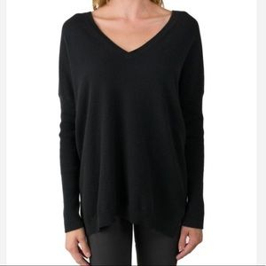 Aritzia Slouchy Dolman Black Sweater/Top